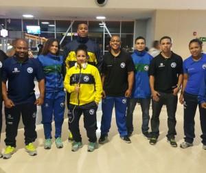 Nove atletas disputam o Pan das Américas, última seletiva para os Jogos Rio 2016. À esquerda, o técnico Dragos Stanica. Foto: Divulgação CBLP.