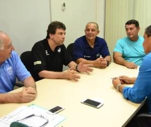 Presidente da CBLP, Enrique Montero, durante reunião em Manaus