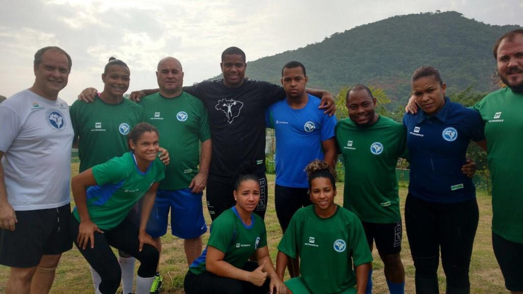 A Seleção Brasileira de Levantamento de Pesos está concentrada em Guaratiba, em fase final de treinos para os Jogos Olímpicos Rio 2016