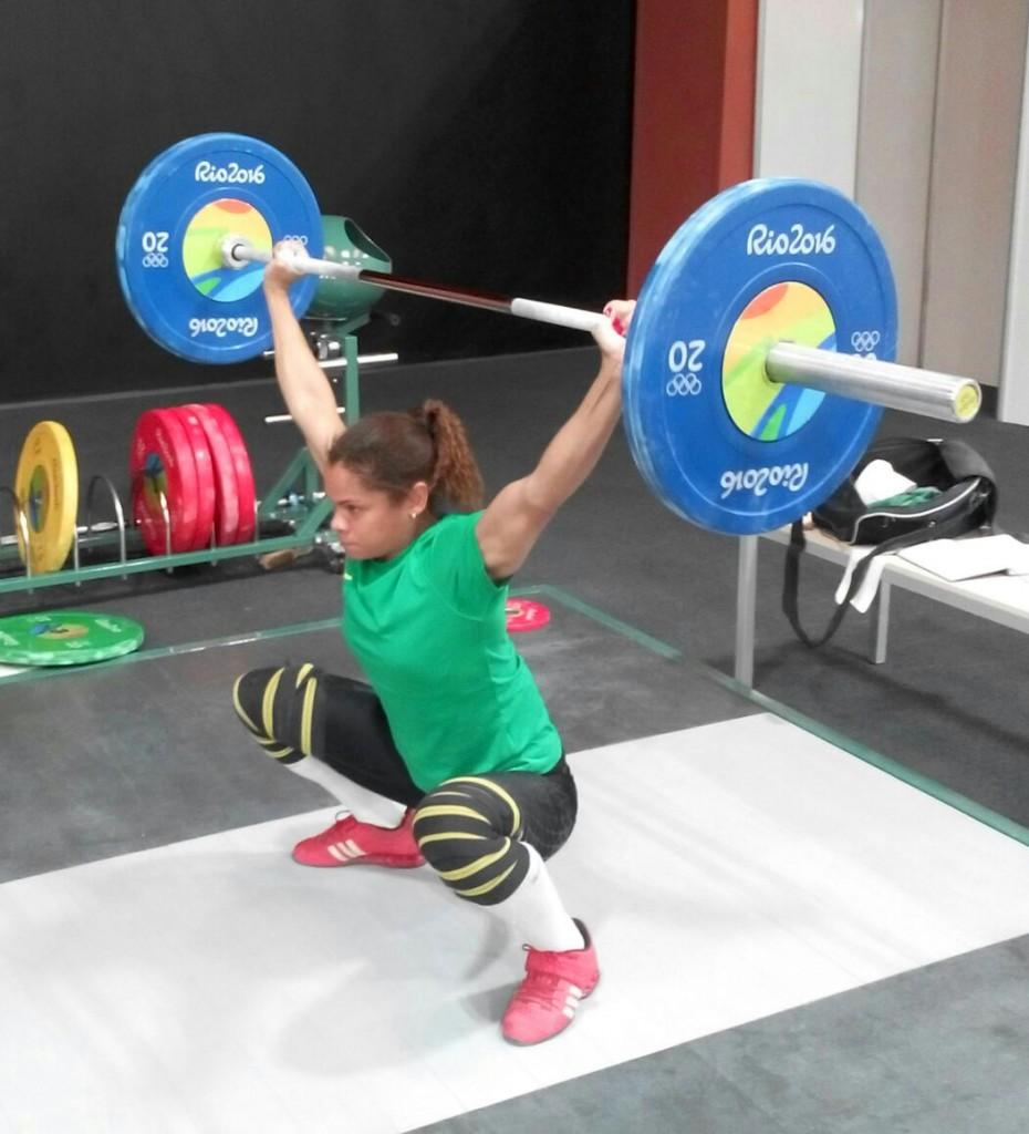 Rosane Santos é a primeira pesista brasileira a competir na Olimpíadas. Foto: Divulgação CBLP.